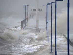 «Рождественский» циклон «Ксавер» сильно потрепал Европу
