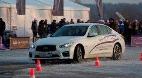Компания Infiniti открыла свою школу вождения в России