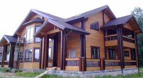 Особенности домов выполненных из клееного бруса