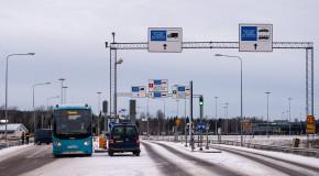 РФ и Финляндия готовятся пустить машины-роботы между странами