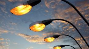 В России увеличилось число освещенных улиц