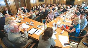 Вложения в культурное развитие России необходимо повышать