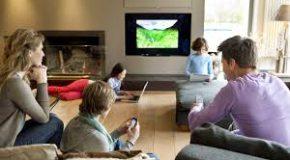 Около 70% жителей России смотрят телевизор каждый день